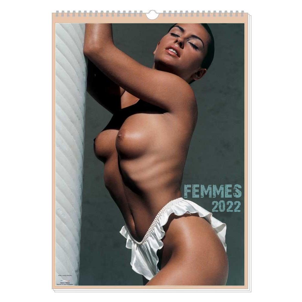 FEMMES 2022 - MURAL 13 FEUILLETS